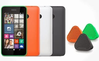Nokia Lumia 530 with Bang by Coloud Speaker