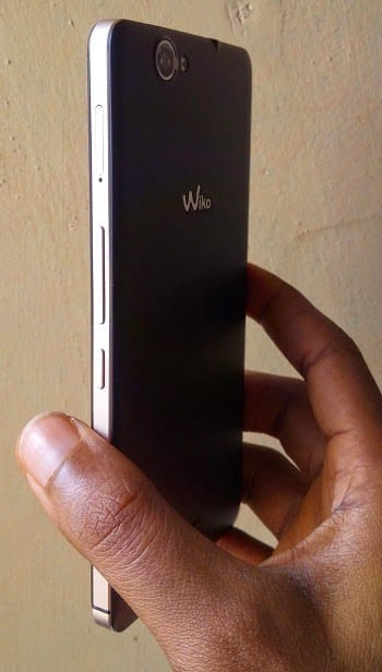 Wiko Getaway showing side and back