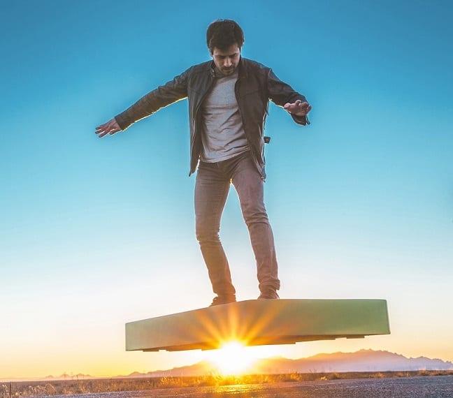 ArcaBoard Hoverboard Hovering