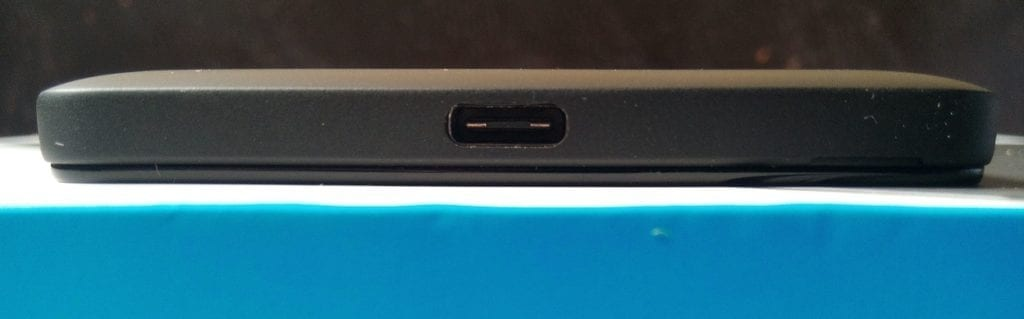 Microsoft Lumia 950 showing the USB Type C port