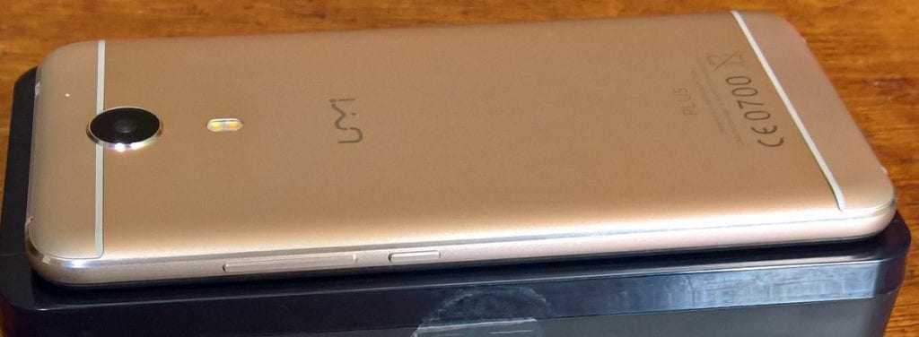 Right Side of the UMi Plus showing the volume rocker and Power button
