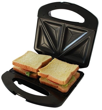 A Sandwich Maker about to get to work