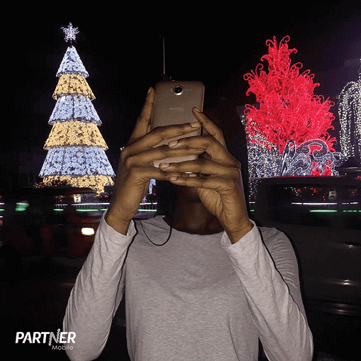 Taking a Selfie with Partner Mobile E15