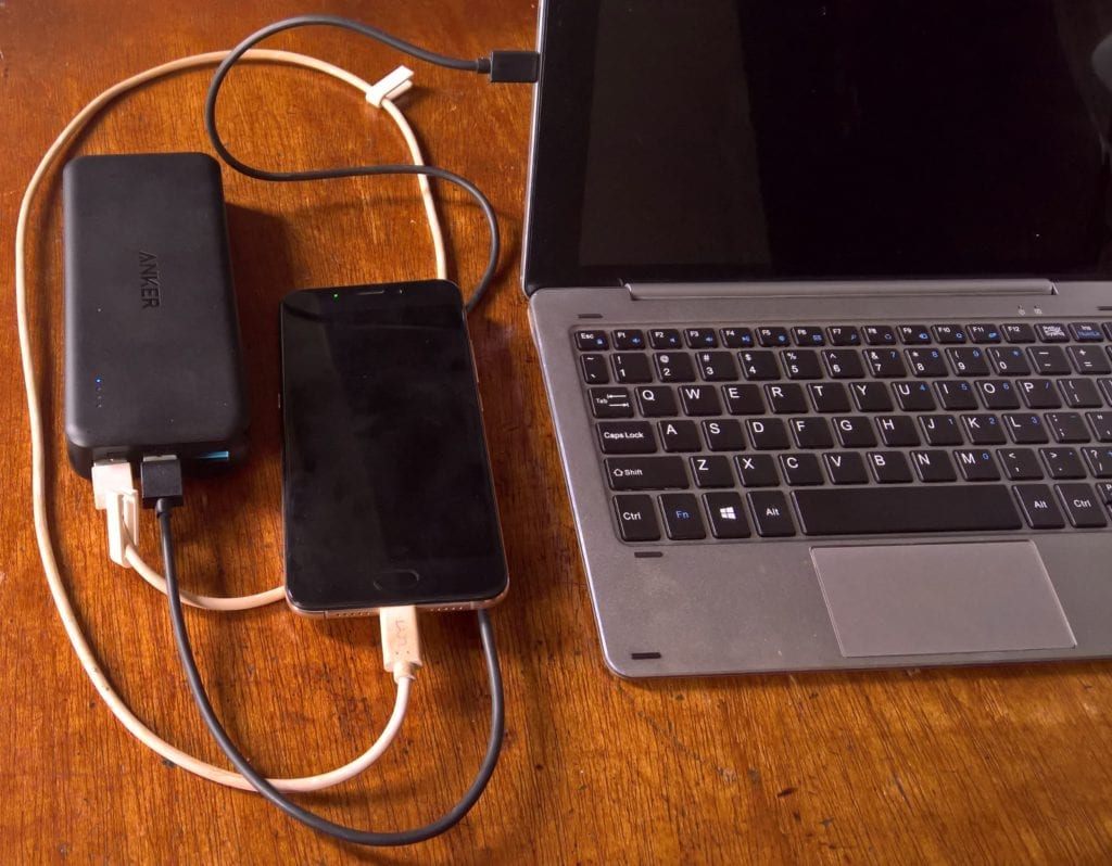 Anker PowerCore II 20000 charging Smartphone and Tablet