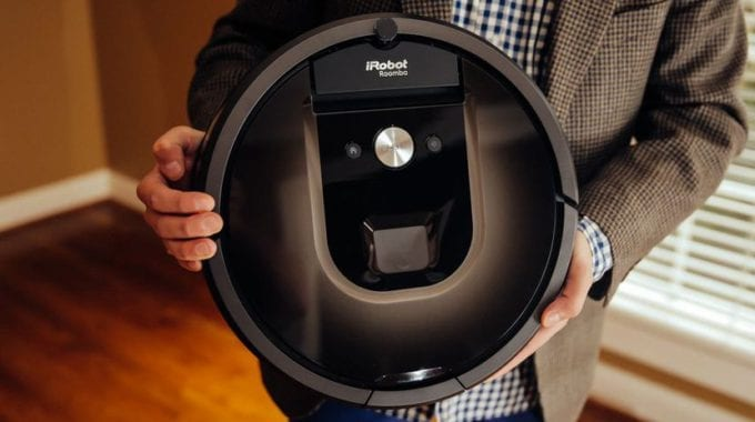 Roomba Vacuums Will Soon Map Out Your Home's WiFi Coverage