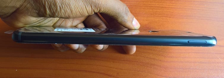 Infinix Zero 5 showing the microSD card tray