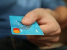 How to Differentiate between a Prepaid Card and a Credit Card