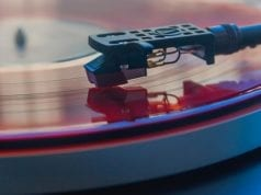 10 Reasons to consider Vinyl Music Listening