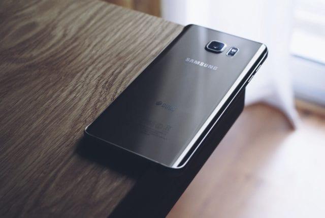 Glass Smartphones