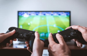 Gaming Websites - Playing Games with Gamepad
